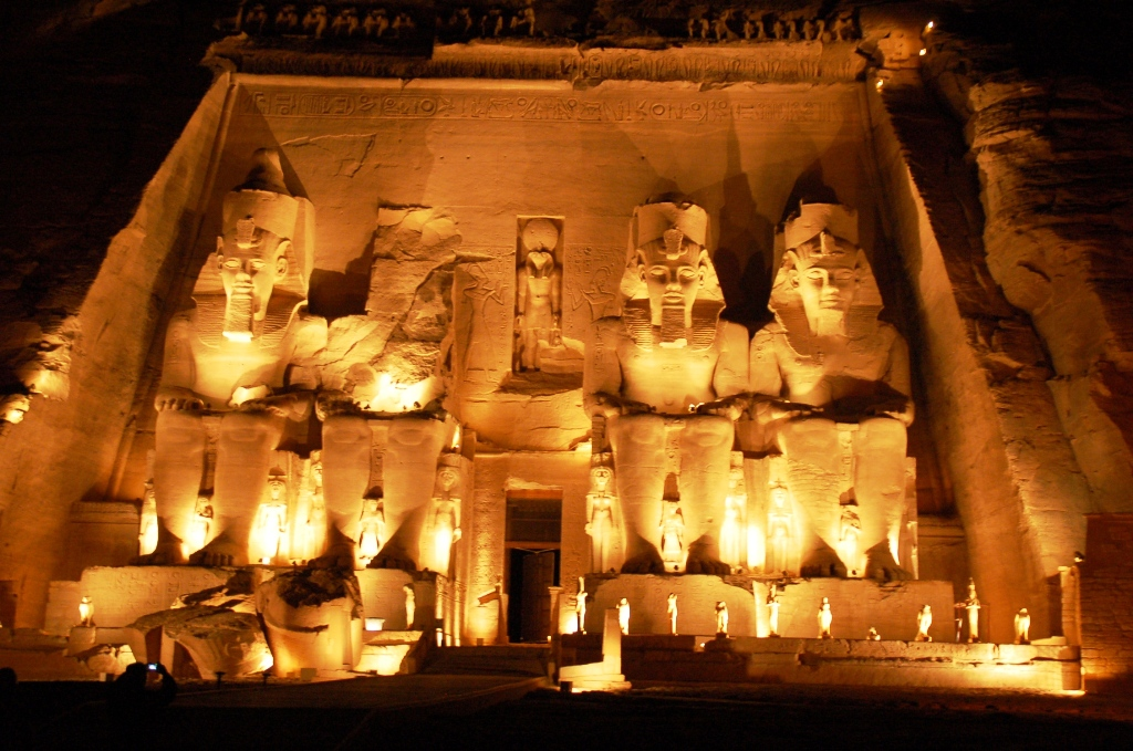 アブ・シンベル神殿1
