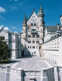 ノイシュバンシュタイン城 上の中庭