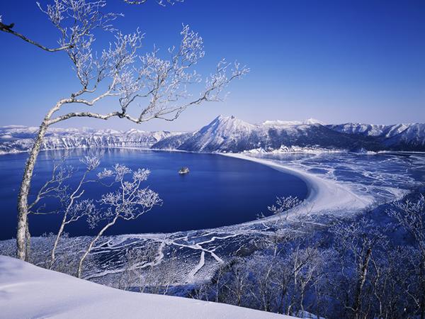 霧氷の摩周湖